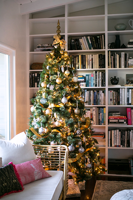 pre-lit martha stewart christmas tree with gold and silver ornaments / sfgirlbybay