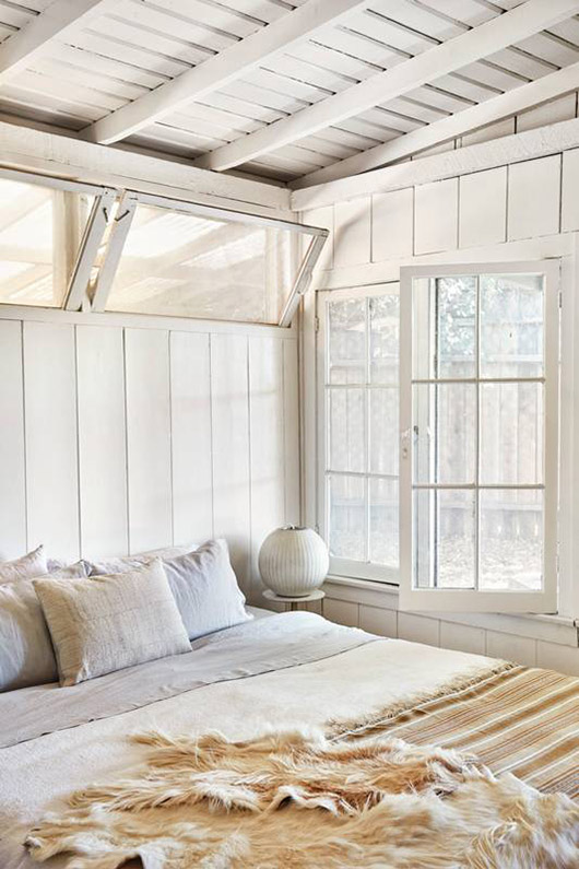 light and bright shiplap bedroom / sfgirlbybay