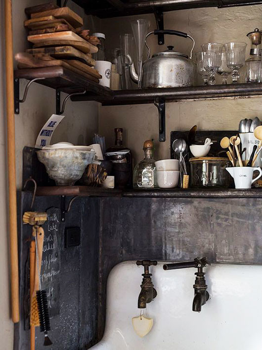 vintage kitchen storage via society nest / sfgirlbybay