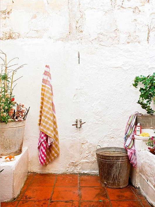 mediterranean outdoor shower / sfgirlbybay