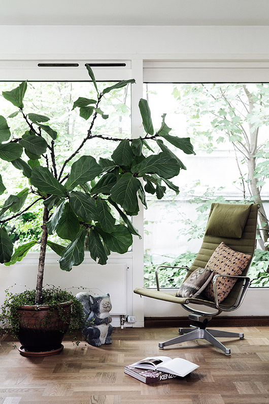 home of barbara hvidt via Elle Decoration Denmark. / sfgirlbybay