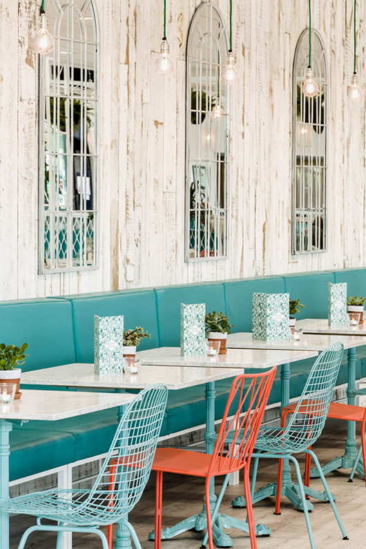 teal and orange decor at botanic kitchen / sfgirlbybay