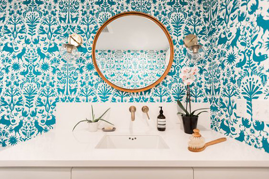 turquoise patterned wallpaper / sfgirlbybay