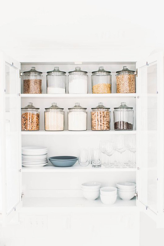 pinch of yum's kitchen pantry with large glass jars / sfgirlbybay