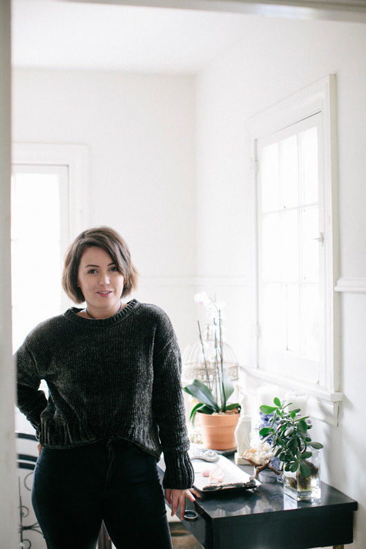 lark and arrow founder grace in her home. / sfgirlbybay