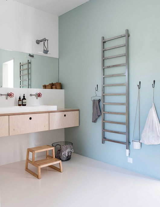 scandinavian inspired bathroom decor via gravity home. / sfgirlbybay