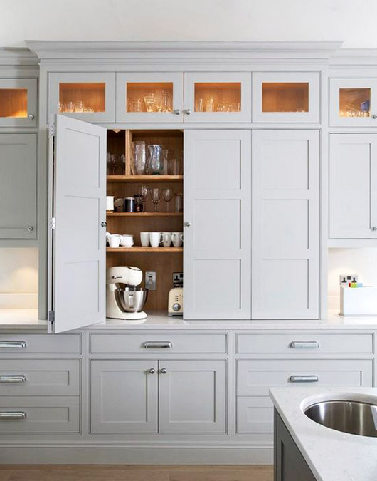 gray kitchen cabinetry inspiration. / sfgirlbybay
