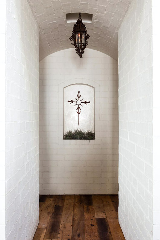 wood floors and white brick hallway. / sfgirlbybay