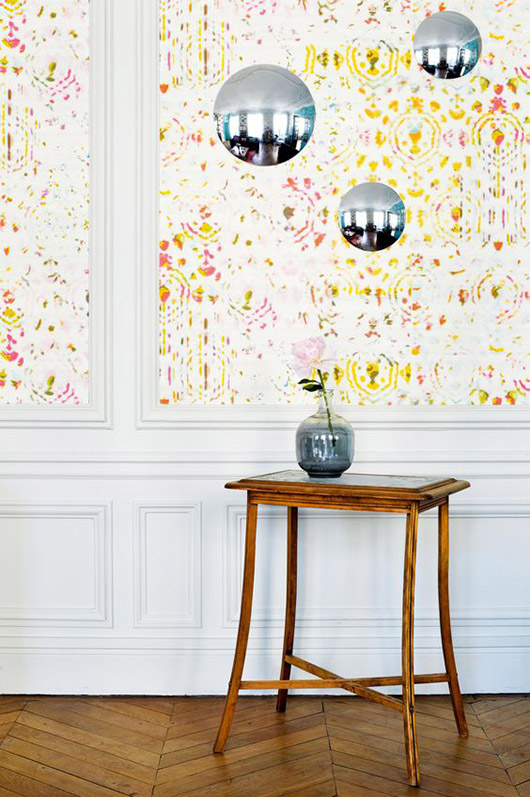 colorful wallpaper in paris apartment via inside out magazine. / sfgirlbybay