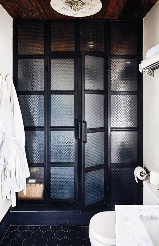 black shower stall doors. / sfgirlbybay