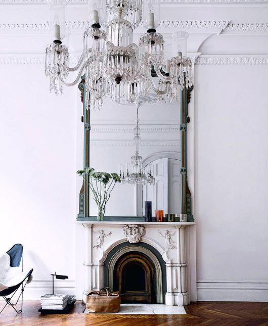 ornate molding and fireplace in modern living room. / sfgirlbybay