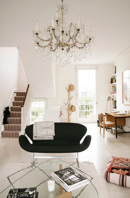 modern home with tall ceilings and ornate chandelier. / sfgirlbybay