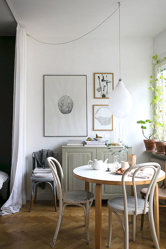 painted bentwood chairs. / sfgirlbybay