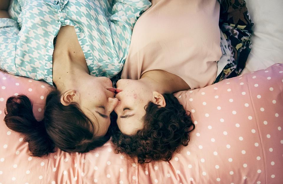 Bifobia e LGBTQI: chi ha paura di bisex e asessuali?