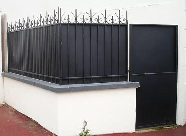 grilles, portails et portes en fer : pose et rénovation
