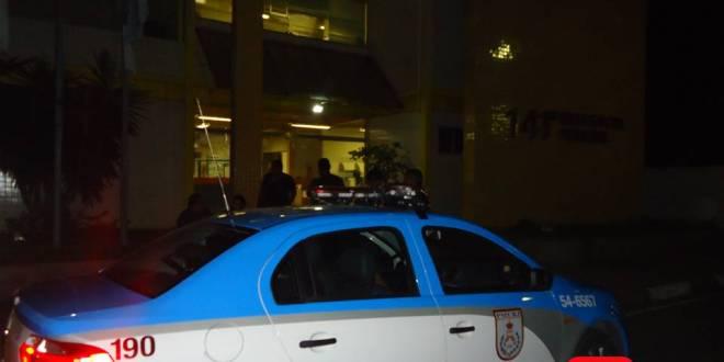 policia militar delegacia noite