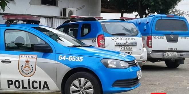 policia três carros 1