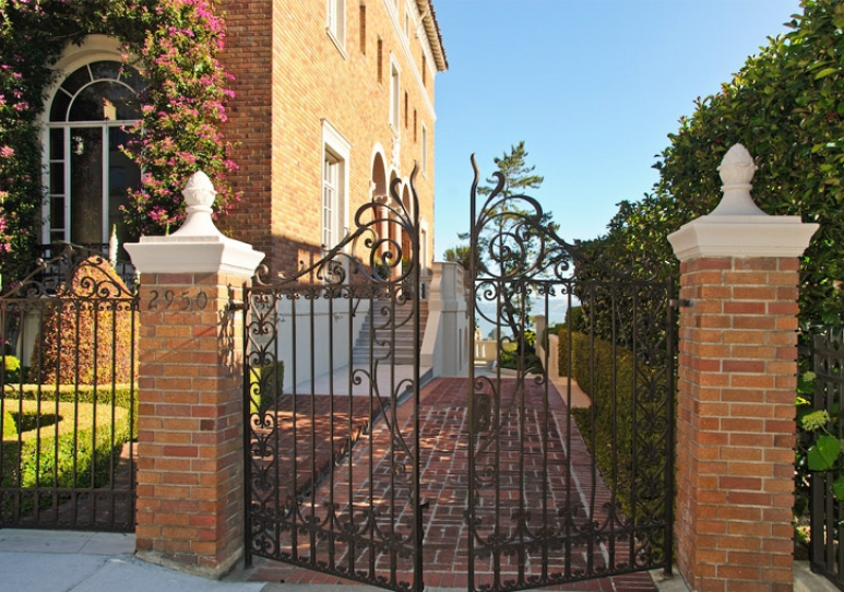 2950 VALLEJO STREET  San Francisco Properties  luxury homes and real estate of San Francisco