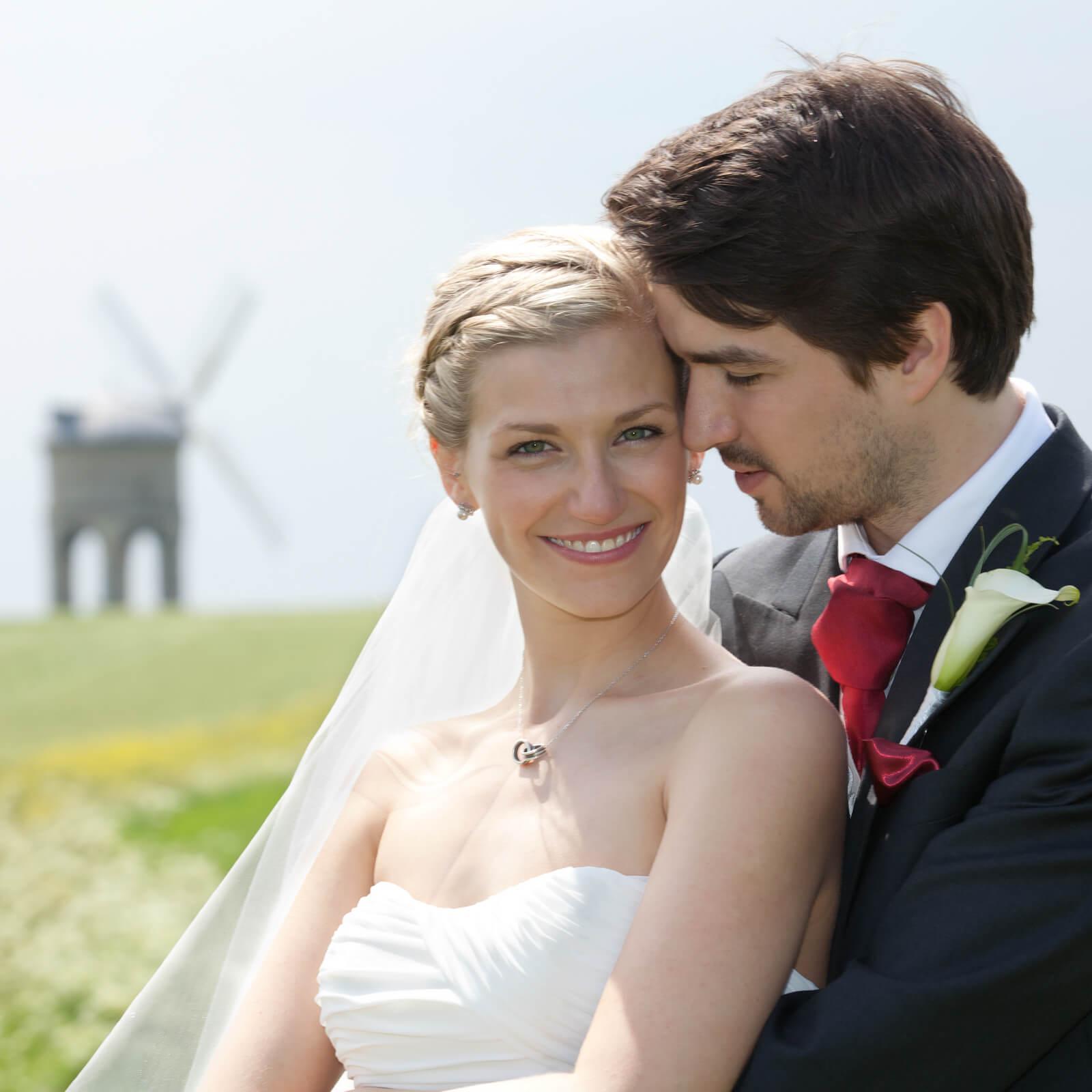 Warwickshire-wedding-photographer-Chesterton-Windmill-1