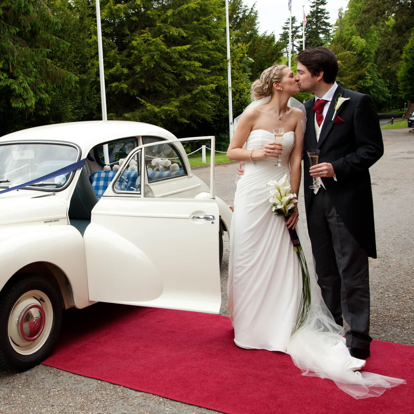 Warwickshire-wedding-photographer-Ettington-Park-hotel-2