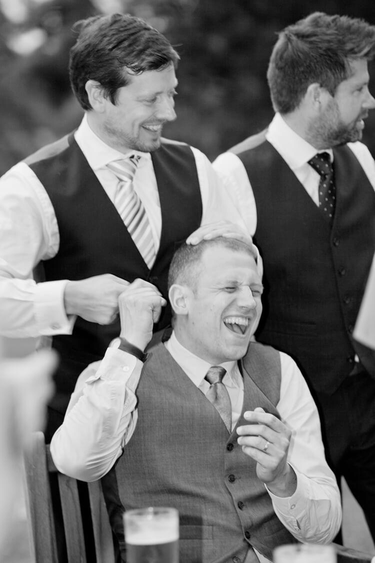 Professional Wedding photographer 1SH