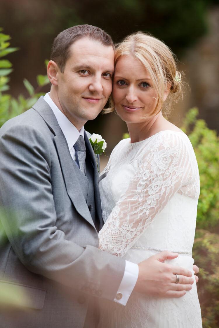 Professional wedding photographer 35SH