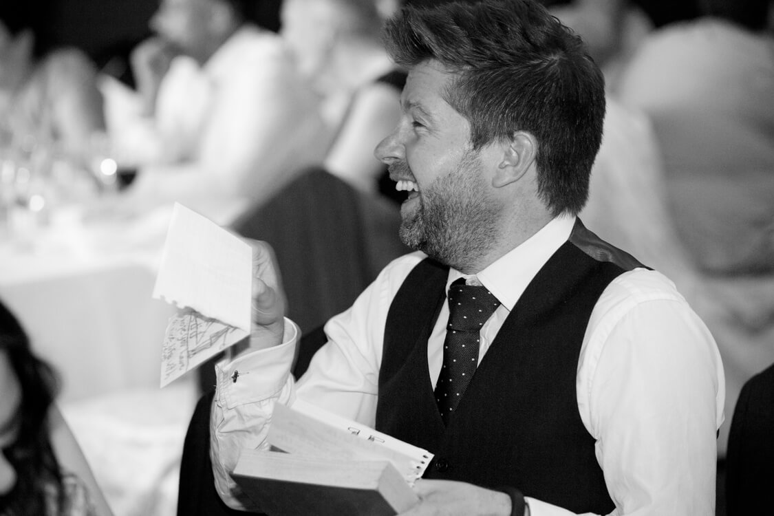 Professional wedding photographer 42SH
