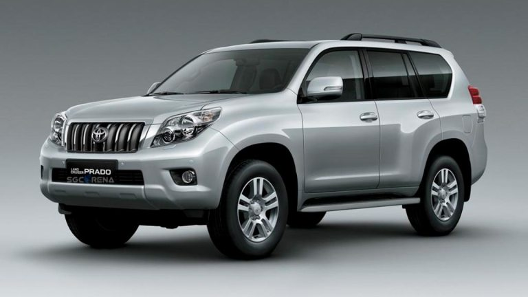 2013 Toyota Land Cruiser Prado Car Mod for BUSSID