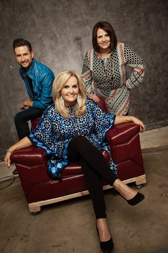 Karen Peck And New River Set To Release New Project