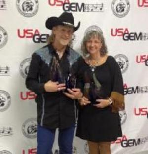 Rene & Edie Jones were first time recipients of the USAGEM Duo Of The Year Award. Rene was a big winner and also garnered awards for Entertainer, Male Vocalist, Song, and Video.