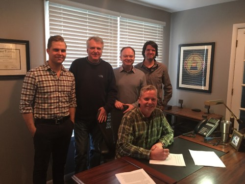 Lee Black Signs With Daywind Music Publishing