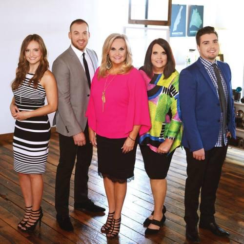 Karen Peck and New River Win at 2016 Diamond Awards