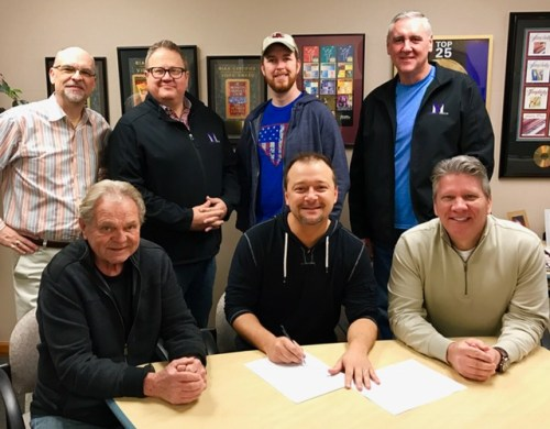 Sonlite Records Extends Master's Voice Contract