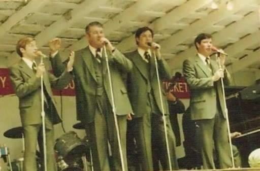 Kingsmen with Ernie Phillips