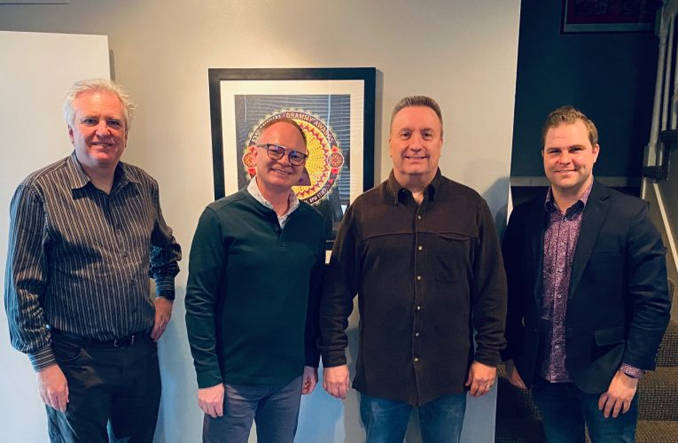 Daywind Music Publishing Welcomes Barry Weeks as Exclusive Songwriter