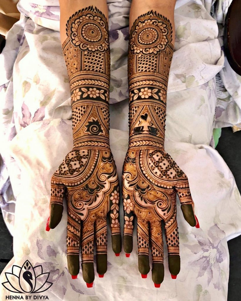 This is perfect for those of you looking for a mehndi design for back hand. Best 91 Beautiful Front And Back Hand Mehndi Designs For Bridal