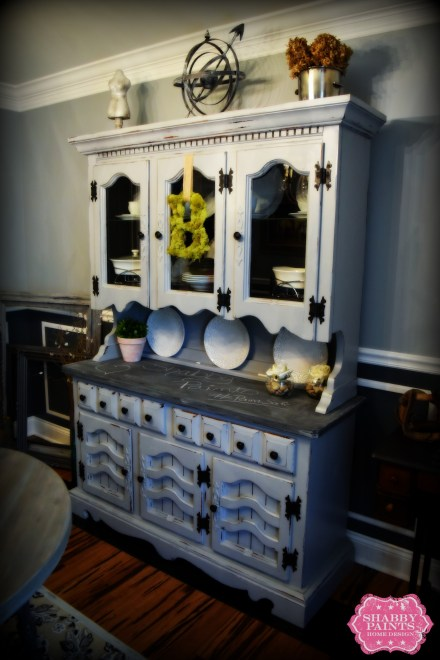 Farmhouse hutch painted with Lillian Gray Chalk Acrylic Paint buffet chalkboard licorice #chalkboard #farmhouse #hutch