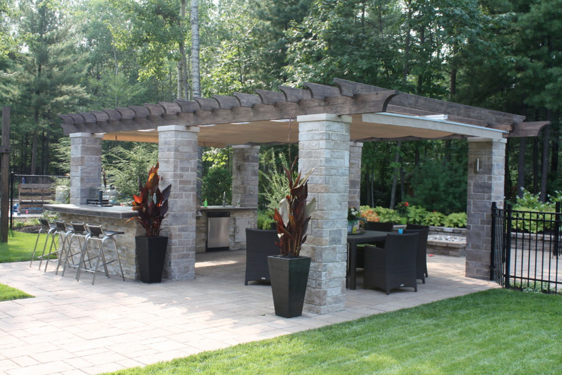 7 Pergola Design Tips To Get You Started