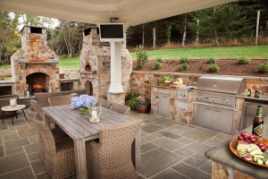 Five Popular Design Features for Outdoor Entertaining