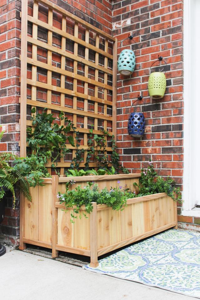 Corner Trellis Planter Box