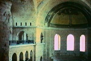 Istanbul_St_Eirene_nave_and_apse