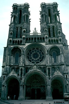 Laon_west_facade