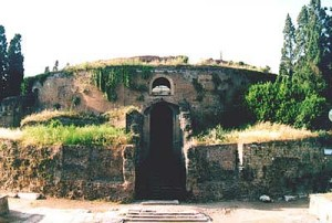Rome_Mausoleum_of_Augustus