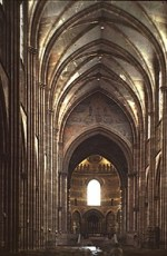 Strasbourg_Cathedral_nave_looking_east