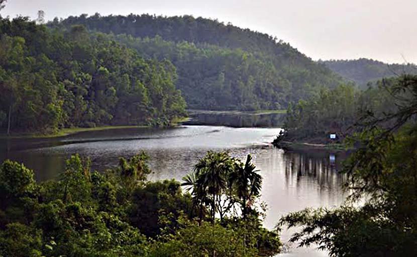 বান্দরবানের প্রান্তিক লেক - shajgoj.com