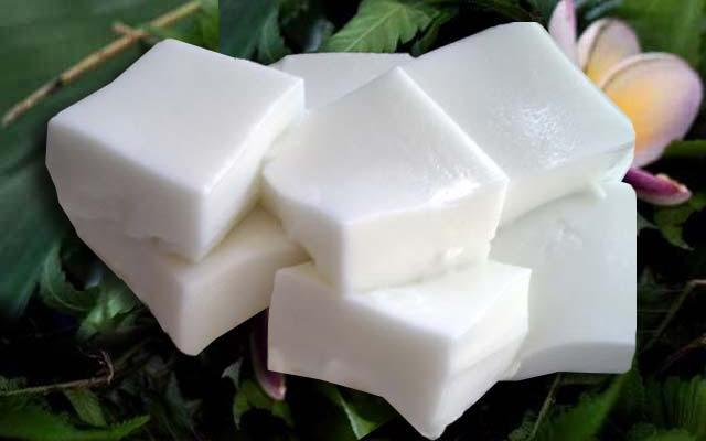 Easy Coconut Pudding Recipe (HAUPIA)