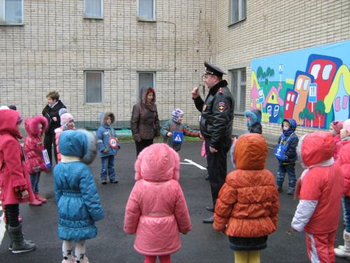 Занятия по ПДД проводятся в детсадах