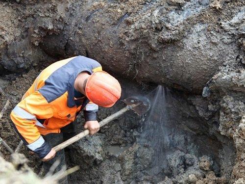 Воду в микрорайон Горняк и посёлок Красина обещают дать завтра к утру