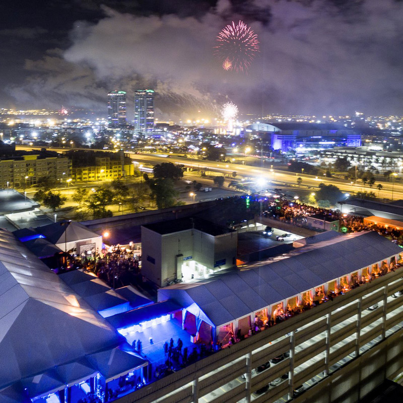see the whole town from the rooftop eve in new year's eve in florida