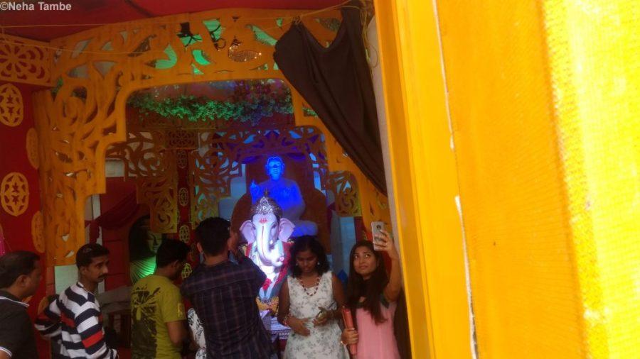 pandal-hopping-pune-ganesh-chaturthi-ganpati-bappa-morya-guestpost-shalzmojosays-blogging-festival-culture-celebrations-deity-religion-crowds-maharashtra